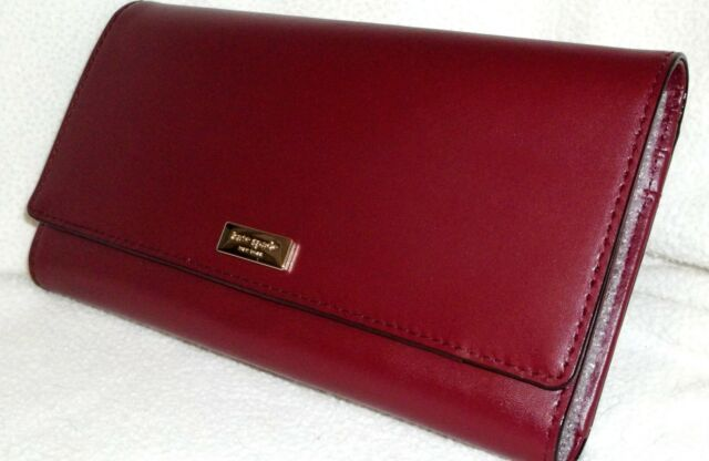f8bcf28bf3cb Kate Spade Alexander Avenue Smooth Leather Travel Wallet Sumac Red Wlru4661