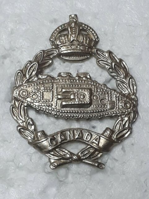 CAC Canadian Armoured Corps Cap Badge Armored Tank