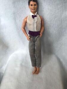Vintage-1990S-Barbie-Ken-Doll-Brown-Hair-Blue-Eyes-Groom-Purple-Bow-tie