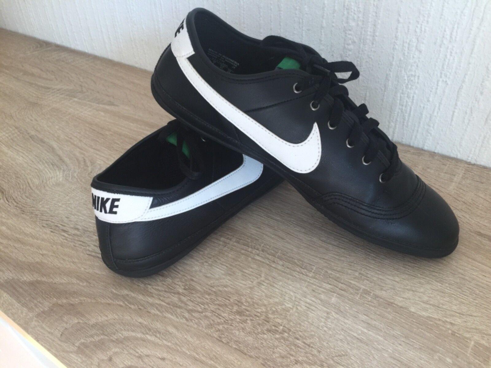 Nike Classic Schuhe Turnschuhe sneaker Herren Größe 44