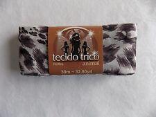 Circulo Tecido Trico Animal Fabric Ruffle Scarf Yarn 32.8 yds Color 2636