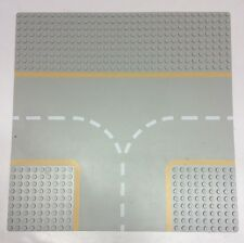 Classic Space Lego Base plate #608p03 Gray Road Yellow T Intersection.