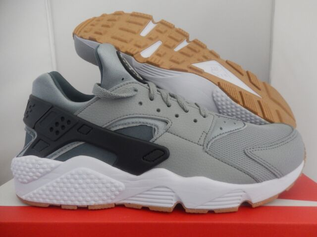 newest 19ded e3dd5 MENS NIKE AIR HUARACHE SHARK-ANTHRACITE-HASTA-WHITE-GM BROWN SZ 7