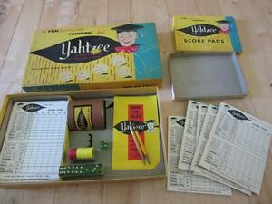 1956 YAHTZEE GAME #950 GREEN DICE BROWN CUP EXTRA SCORE CARDS NICE SHAPE