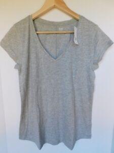 NWT-GAP-Women-039-s-Easy-V-Neck-T-Shirt-Gray-Rounded-Hem-XS-M-L-Free-Shipping-New
