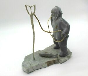 Original-Hand-Carved-Inuit-Eskimo-First-Nation-Fisherman-Soapstone-Sculpture