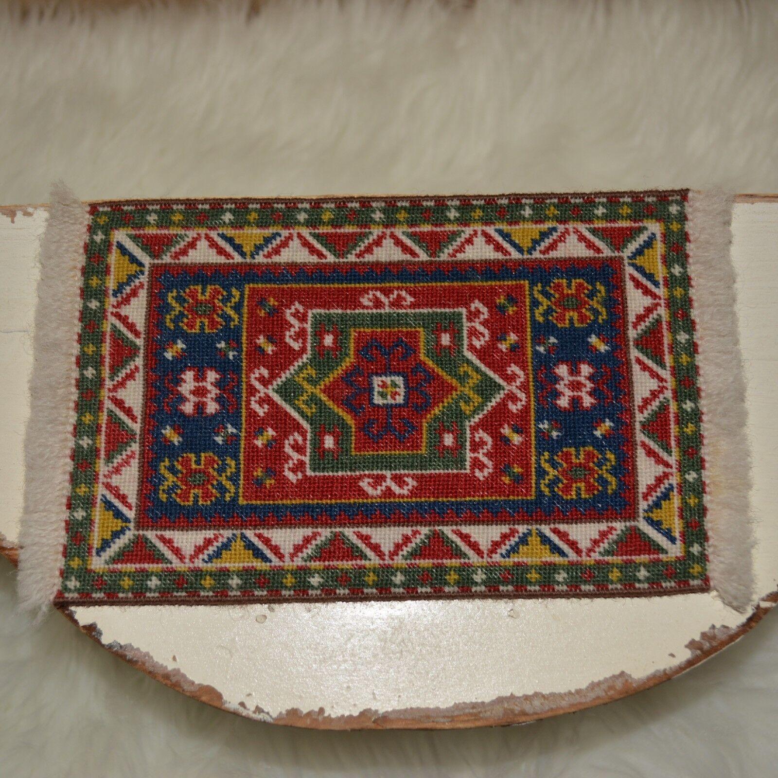 Dollhouse miniature petit point carpet 1 12 rug approx. 14,000 stitches