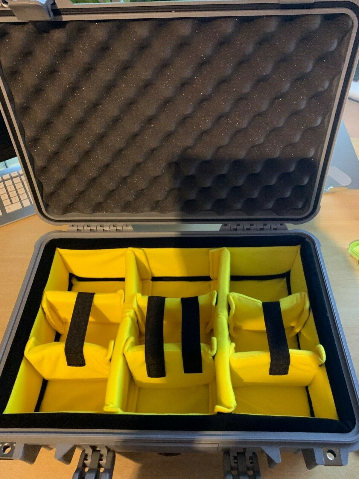 PELI 1500 case with padded insert retail