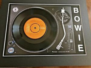 """David Bowie - Sound and Vision - 7"""" Single Mounted on Record Player Print"""