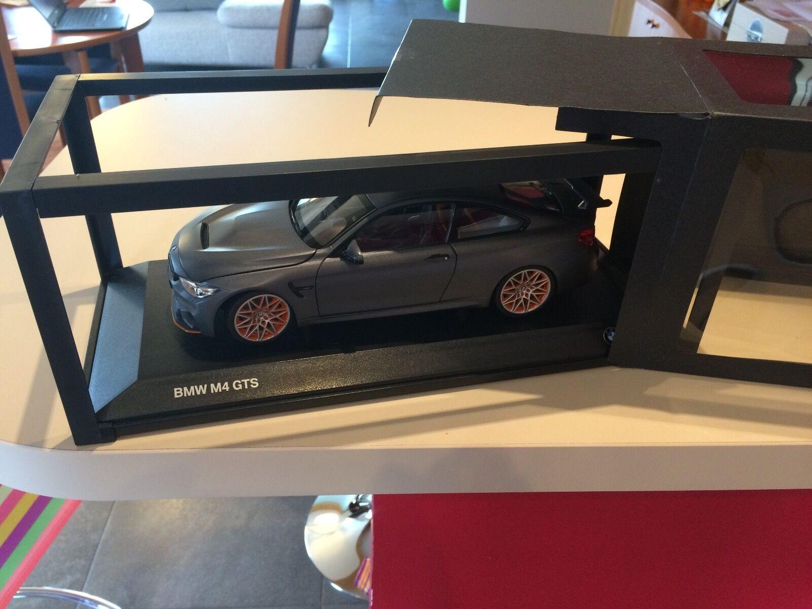 BMW M4 GTS MINICHAMPS NEW IN BOX 1/18