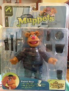 Patrol-Bear-Fozzie-Bear-Muppets-Palisades-Toys-Series-Six-Action-Figure