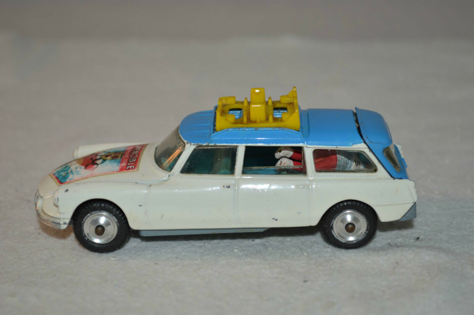 Corgi Toys 499 499 499 Citroen Ds Grenoble Olympics Winter Sport in super condition 43f496
