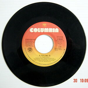 ONE-1977-039-S-45-R-P-M-RECORD-EMOTIONS-BEST-OF-MY-LOVE-A-FEELING-IS