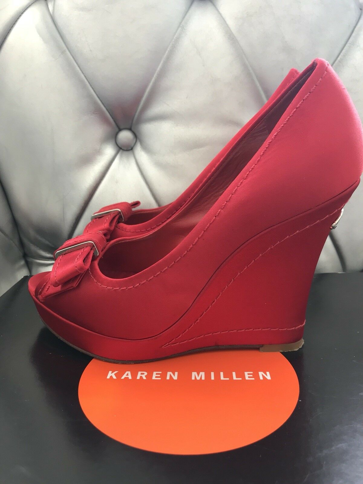 Karen Millen ROT Satin Bow Front Wedges Größe 38 UK 5