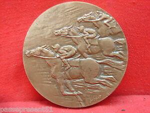 Jolie ancienne médaille en bronze - courses parisiennes- 1954 - 1969 hMXU8PSc-07210336-612741013