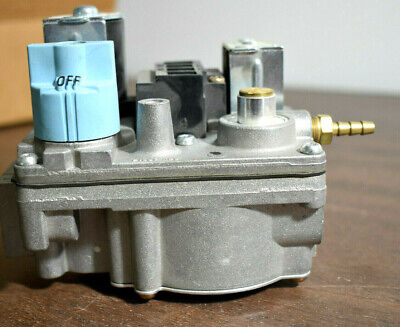 York Coleman Furnace Gas Valve 025-32794-000 6303-326