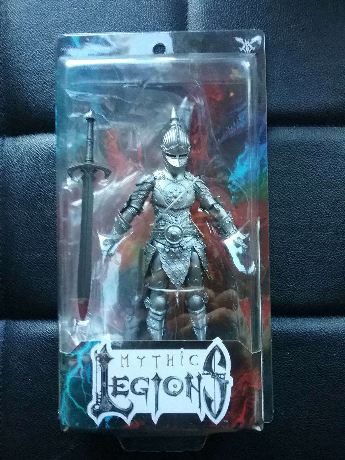 Mythic Legions Advent of Decay Female Steel Knight Legion Builder  nuovo Horseessi