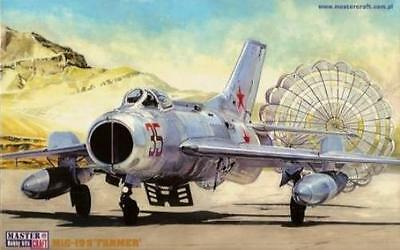 MiG 19 S (CZECHOSLOVAK, BULGARIAN, GERMAN & SOVIET AF MKGS) 1/72 MASTERCRAFT