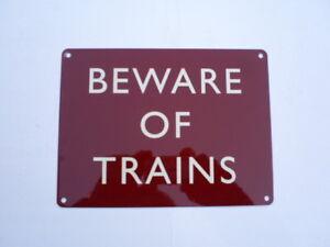 BEWARE-TRAINS-TRAIN-STATION-PLATFORM-STEAM-ENGINE-MODEL-RAILWAY-METAL-WALL-SIGN