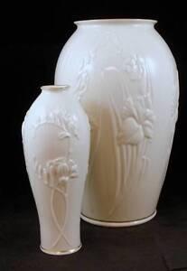 Lenox-MASTERPIECE-COLLECTION-Tall-Iris-Vase-Bud-Vase-MINT-CONDITION-w-MFG-TAG