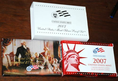 2007-s U.S SILVER Proof Set Mint Made in Red Mint Box with COA U.S