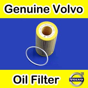GENUINE-VOLVO-V70-XC70-00-07-D5-2-4-DIESEL-OIL-FILTER