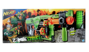 Hasbro Nerf B1532 Zombie Strike Doominator Pump Action Blaster Avec 24 Darts