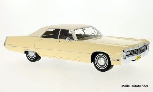 Chrysler Imperial LeBaron 4-door hardtop 1971 beige 1 18 bos
