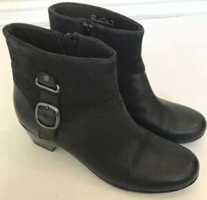 Clarks-Sz-11-Ankle-Boots-Emslie-Black-women-039-s-Comfort-Shoes-Excellent-2-034-Heel