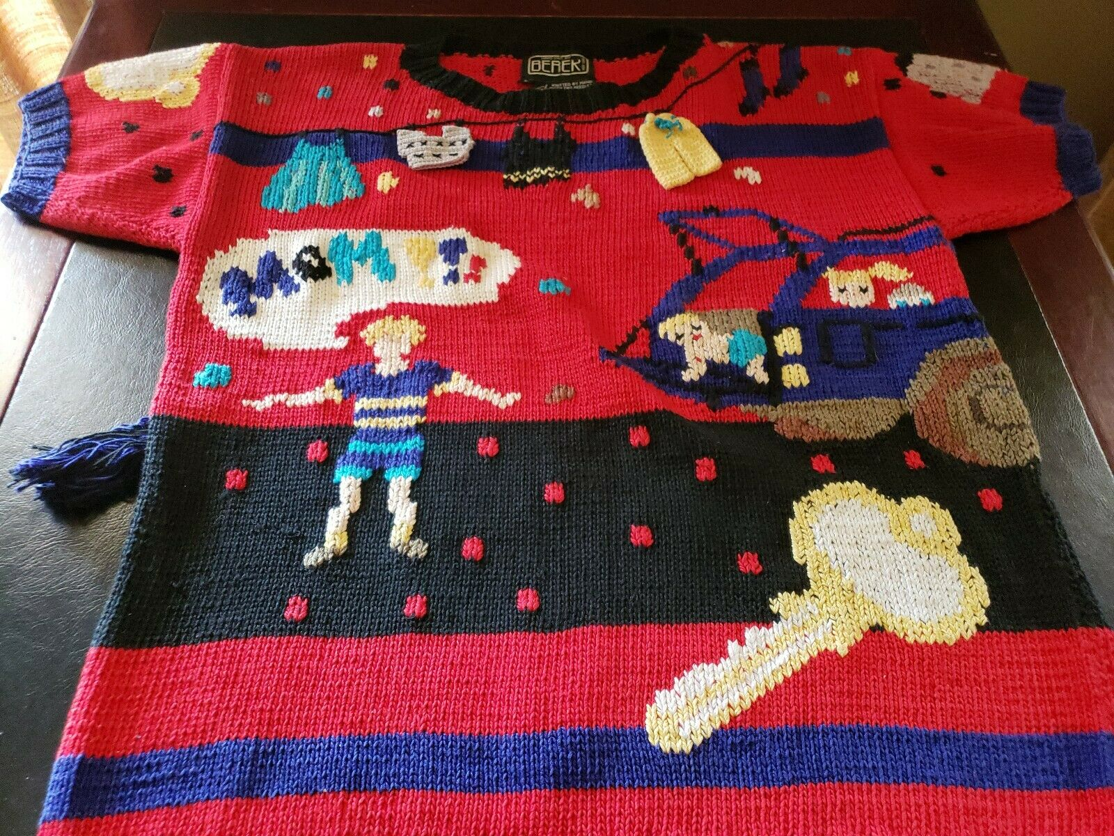 Berek MOM Sweater Laundry Car Key Clothesline Small. S.S. Red Multi