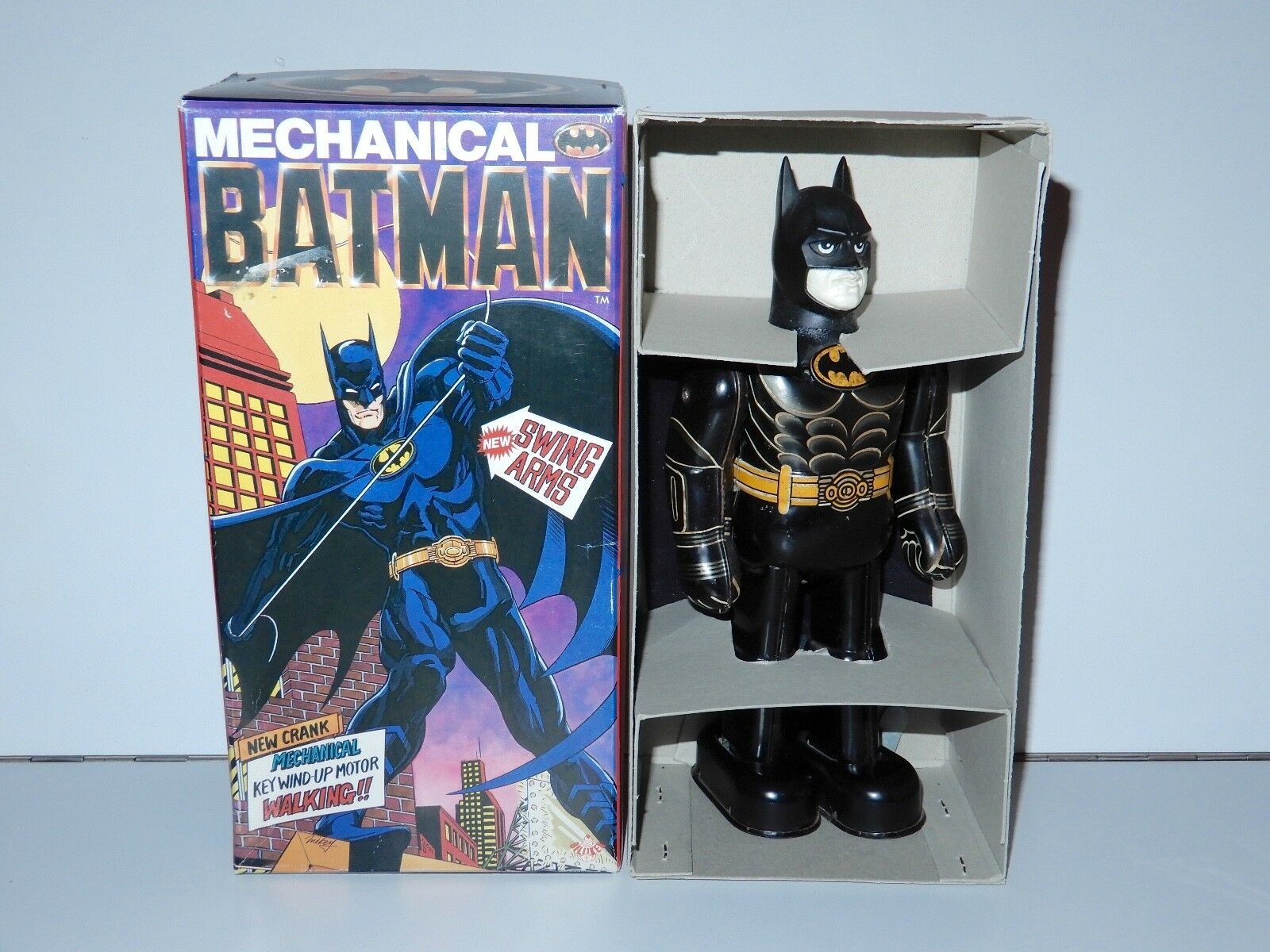 BATMAN THE MOVIE BATMAN MECHANICAL WIND UP TOY MIB 1989 BILLIKEN SHOKAI
