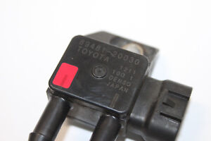 4866-Toyota-Verso-Avensis-OEM-genuino-Sonda-Lambda-89481-20030-2-0-D4D