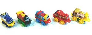 Thomas-the-Train-Super-Heros-Lot-Bilnd-Bag-Minis-Batman-Robin-Superman-Flash