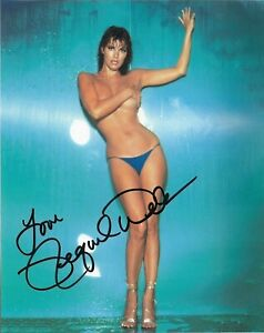 Raquel-Welch-Autographed-Signed-8x10-Photo-The-Three-Musketeers-REPRINT