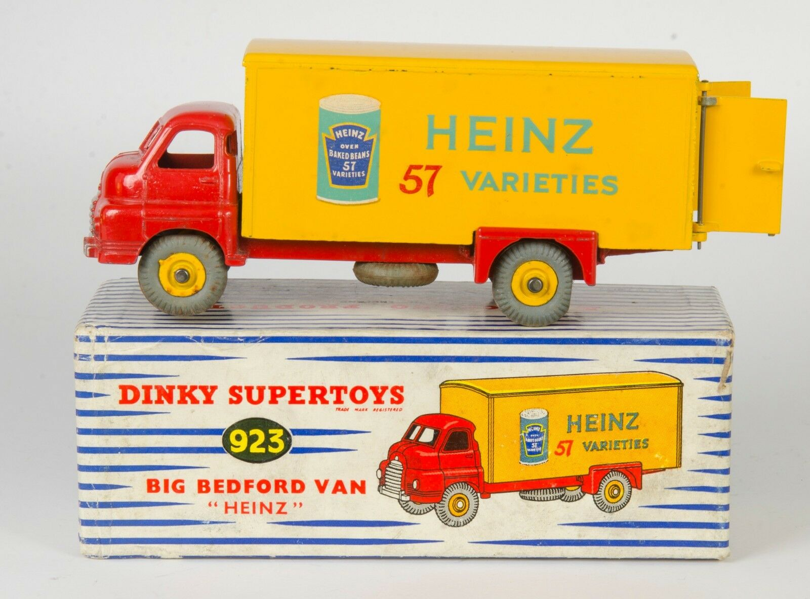 Dinky Supertoys 923 Big Bedford Van 'HEINZ'. Near-Mint Boxed. Original 1950's