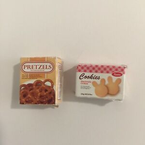 Sylvanian-Families-Calico-Critters-Supermarket-Replacement-Pretzels-and-Cookies