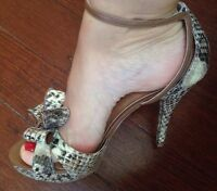 Guess Heels Wedges Shoes Sandals Size 39.5 Or 8.5
