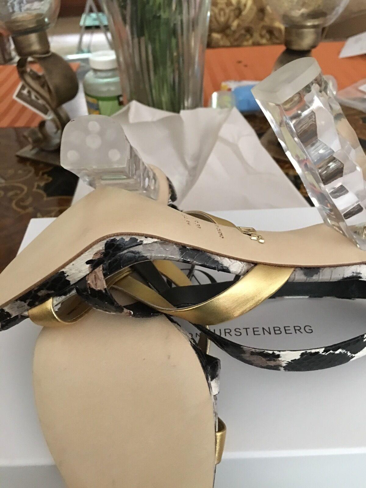 Diane Von Furstenberg MINORISTA Ibiza Lucite pista Talón. precio MINORISTA Furstenberg   348 d655f0