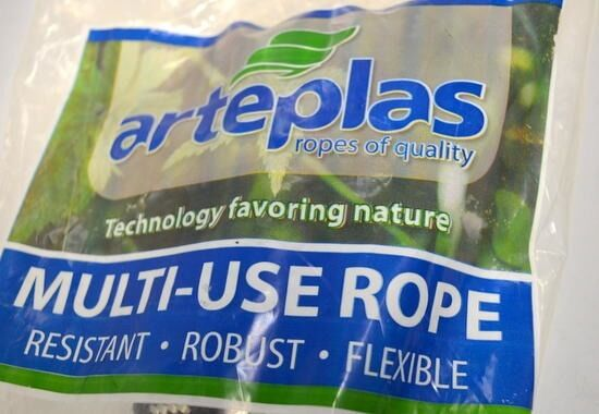 Artplas ropes of qualtiy  Multi use rope 3 8  x 100'. Braid Multifiliment-100% R