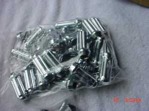 32-Chrome-West-Coast-Wheel-Accessories-Spline-Locking-Lug-Nuts-14x2-14-2