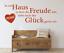 X4484-Wandtattoo-Spruch-In-ein-Haus-Freude-Glueck-Sticker-Wandaufkleber-Aufkleber Indexbild 1