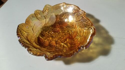 "7"" Indiana Iridescent Amber Carnival Depression Glass Dish Berry Leaf pattern"