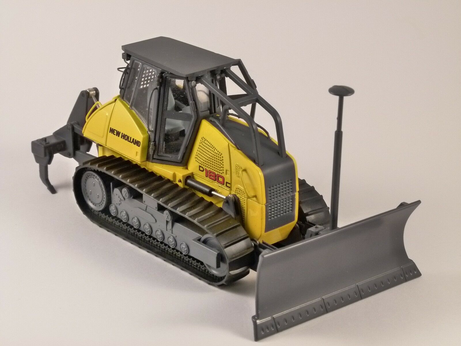 New Holland D180C 1 50 scale model by Motorart 13786