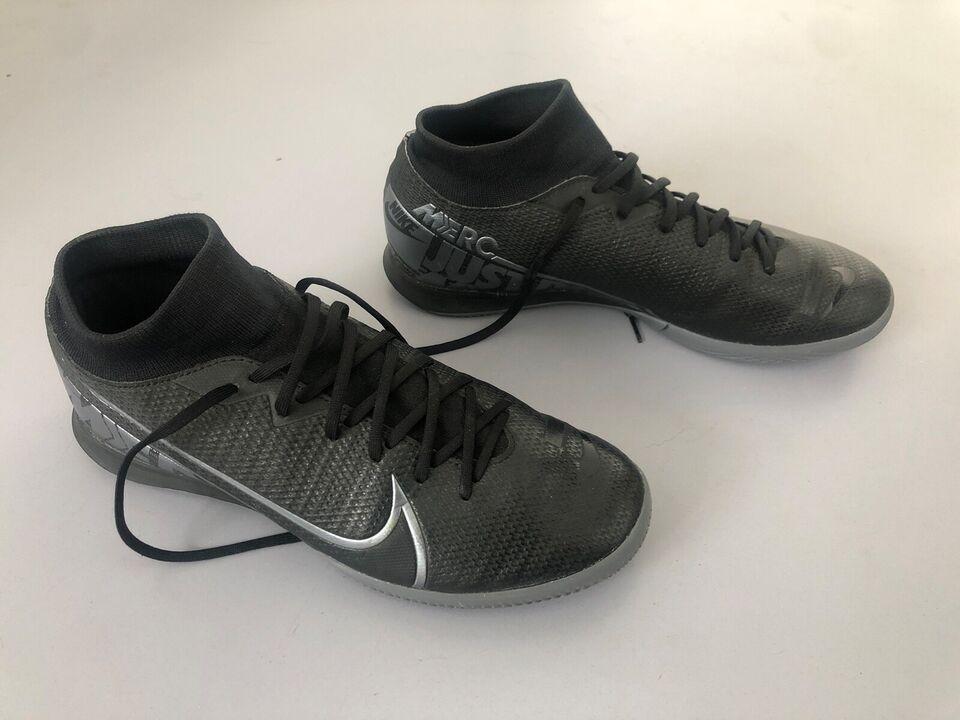 Fodboldsko, Fodboldskole/støvler indendørs, Nike