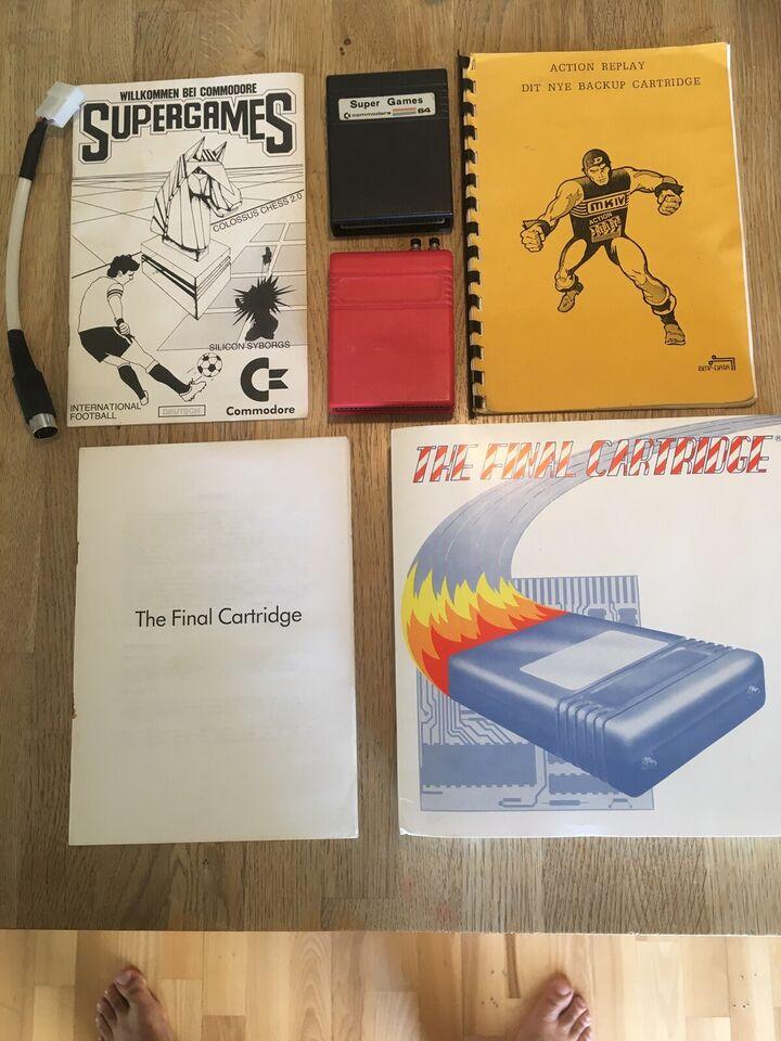 To cartridge og manuel til Commodore 64, spillekonsol
