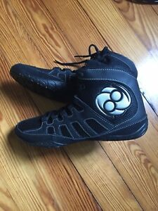 Clinch Gear Wrestling Shoes Size 9 New