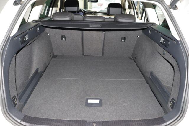 VW Passat 2,0 TDi 150 Highl. Prem. Vari. DSG