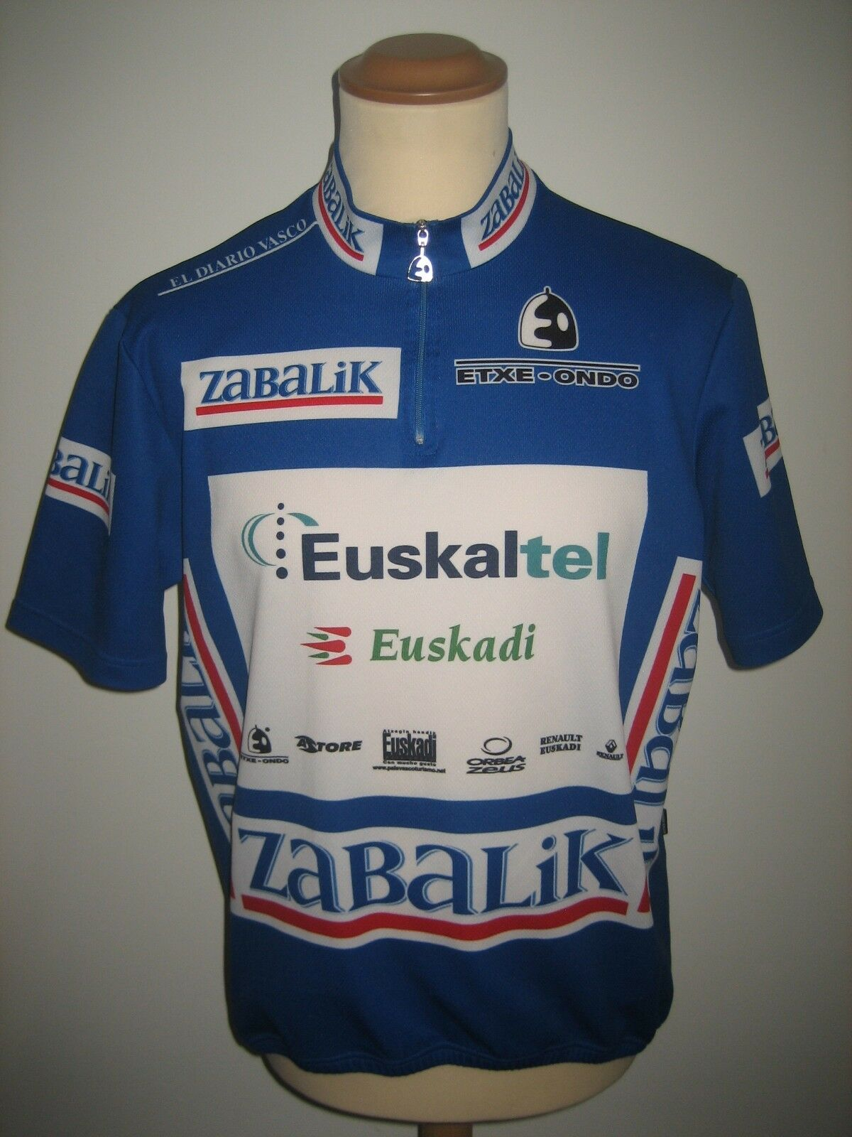 Euskaltel Euskadi RIDER WORN Spain  shirt cycling maillot camiseta jersey size XL  free delivery and returns