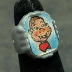 1950's Howdy Doody Flicker Ring Nabisco Cereal Premiums (J311)