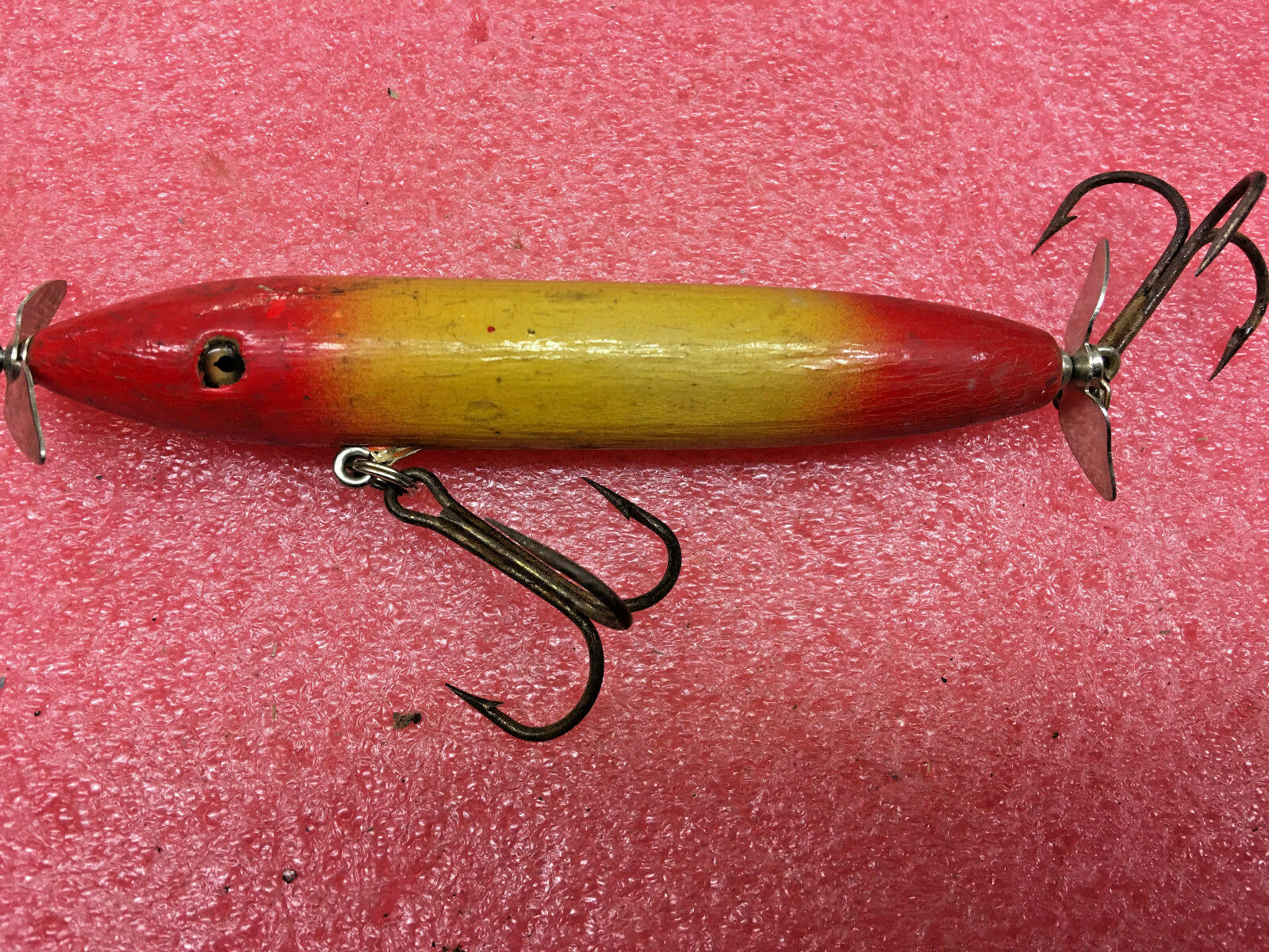 F4 Vintage primitive wooden torpedo style fishing lure glass eyes 5.5  L